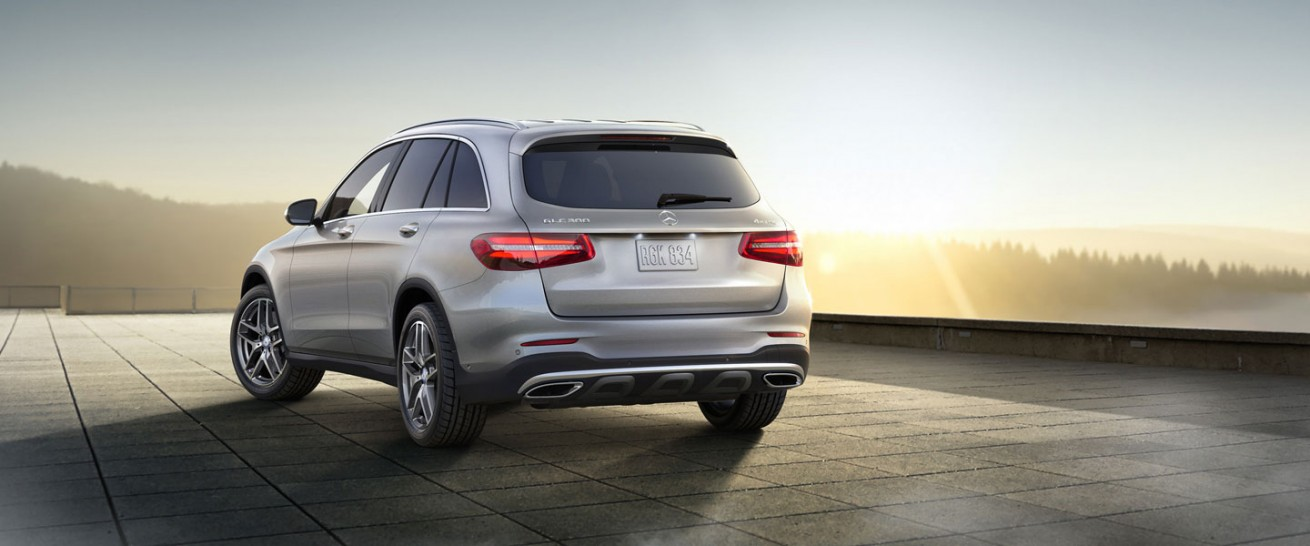 2016 mercedes benz glc300 4matic christopher stacherski for Novi mercedes benz dealership